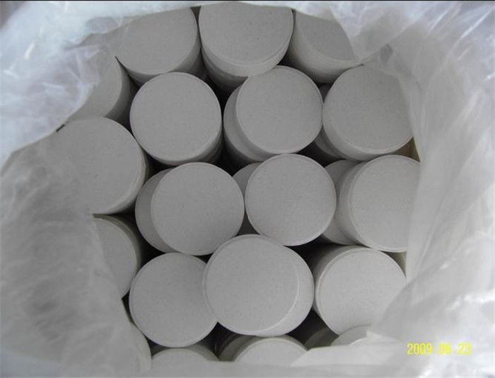 ISO Calcium Hypochlorite Chlorine 70% For Swimming Pool Water Treatment
